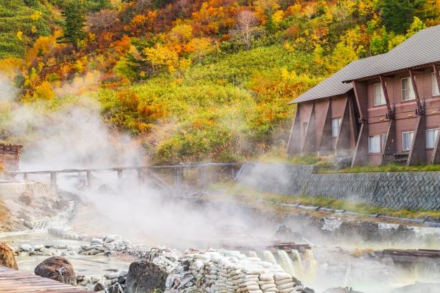 湯治場である秋の玉川温泉