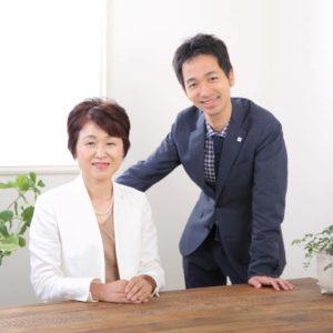 オフィス フォー・ユーの樋口さかえさんと裕倫さん